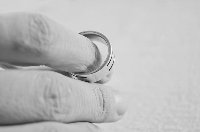 Любовта е безценна, но разводът не. Вижте кои са най-скъпите разводи, правени някога!