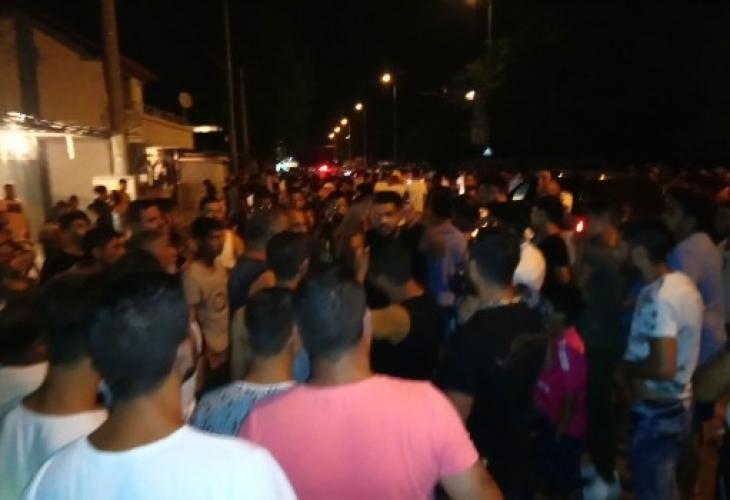 """В Пловдив е страшно! Роми от """"Столипиново"""" скочили на протест заради Асеновград, били въоръжени и крещели Аллах Акбар"""