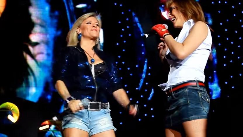 В миналото те се конкурираха, но в настоящето се събраха, за да изпеят любим на всички хит! (ВИДЕО)