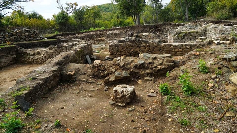 Мистериите на Хухла: Подземният град в Родопите