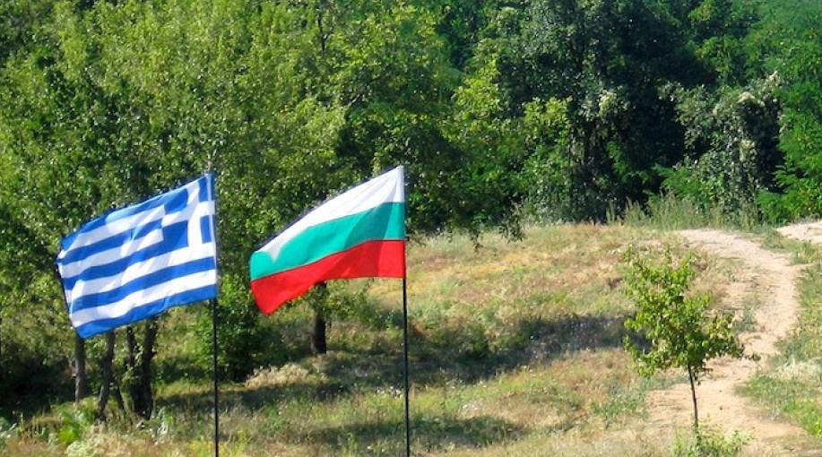 Ходим им на морето, но пък гърците идват на пазар в България. Но знаете ли за какво харчат най-много у нас южните ни съседи?