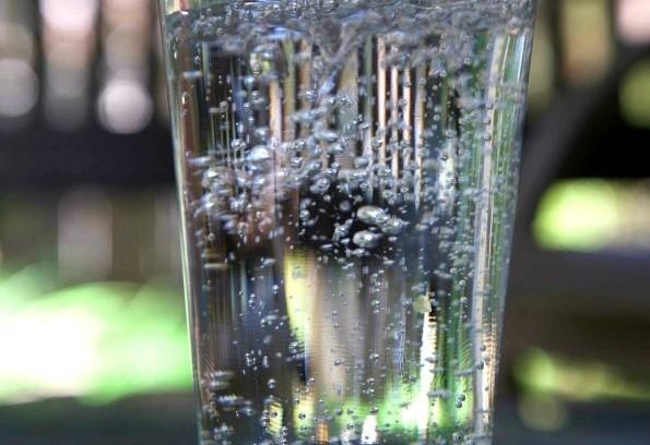 Чудните места у нас са много! Вижте къде извира естествено газирана минерална вода с лечебни свойства!