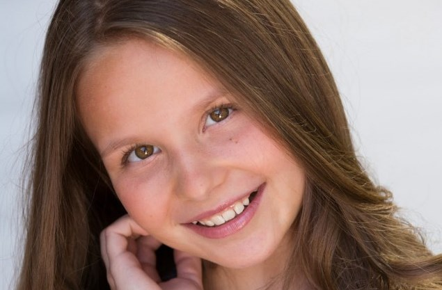 Това слънчево българско момиче покори Америка! Зорница Калчева е поела към върха, но не забравя корените си (ВИДЕО)