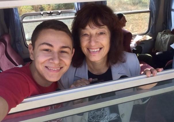 """Благодарение на това 22-годишно момче, студент в УНСС, отново ще пътуваме с луксозната теснолинейка """"Родопи"""""""