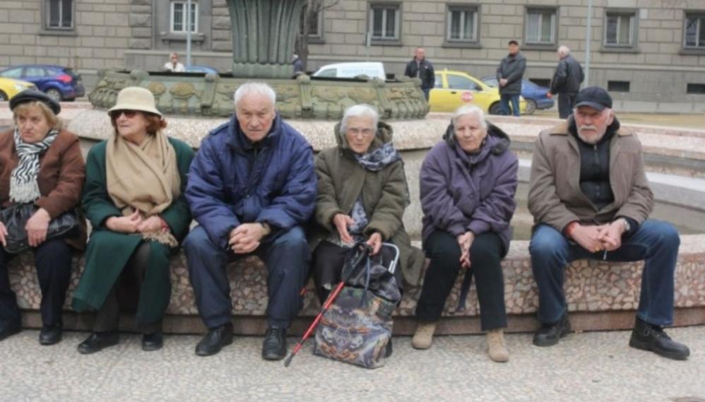 Важно за всички: Пенсиите в България гарантирани само до 2040 година. Социалният министър разкри какво ще стане след това