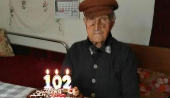 Дядо Иван от Памукчии стана на 102 години и разкри тайната си за дълголетие
