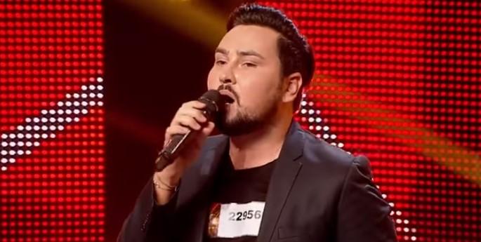 """Този българин покори румънския """"Х фактор""""! Талантът му изправи публика и жури на крака (ВИДЕО)"""