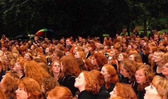 Една от най-известните блондинки на България призна: Червенокосите са най-красивите и най-гладни жени (СНИМКА)