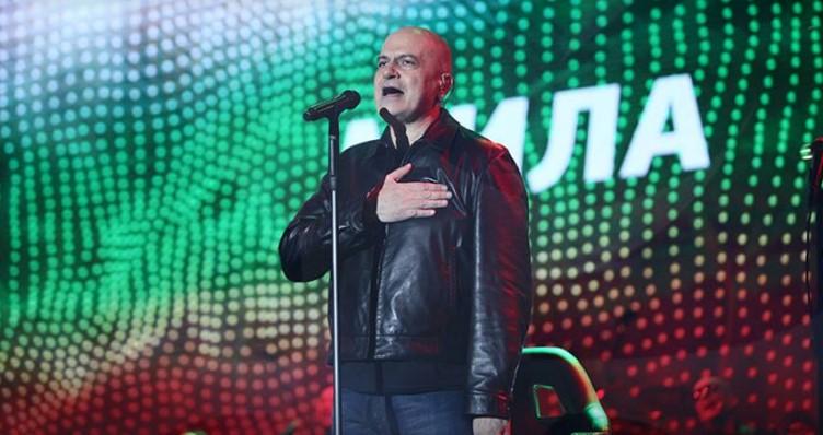 Слави Трифонов изригна гневно срещу Недялко Недялков: Чакай ме. Копелето идва. Любовта си заслужава. Доволен ще останеш