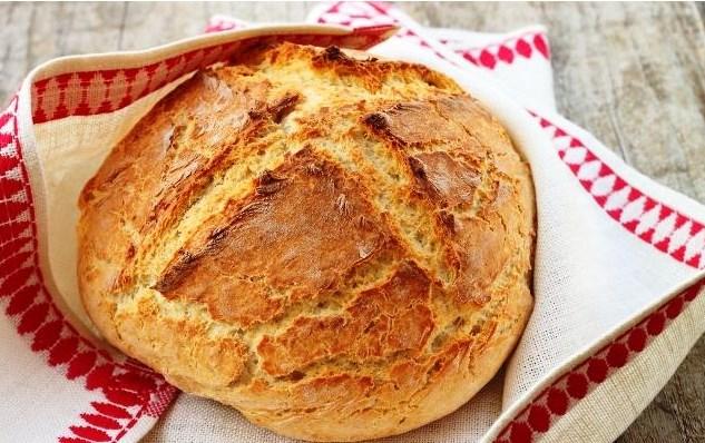 Този хляб е задължителен за празничната трапеза! А колко е вкусен – направо е необяснимо, всеки иска още и още