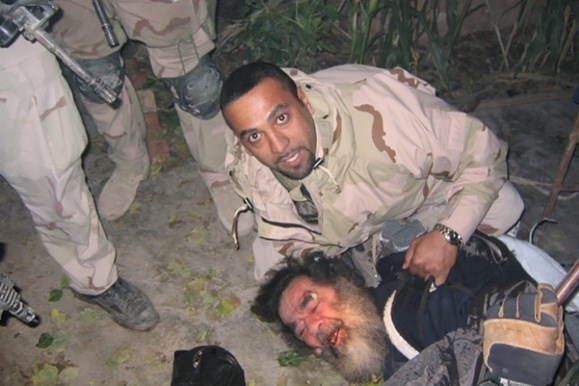 11 години след смъртта на Саддам палачът му проговори: Беше спокоен, не показа и грам страх (СНИМКИ/ВИДЕО 18+)