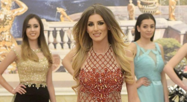 Самочувствие или нахалство? Мис България изригна: Какво като нослето ми е малко по-голямо, никаква корона няма да връщам