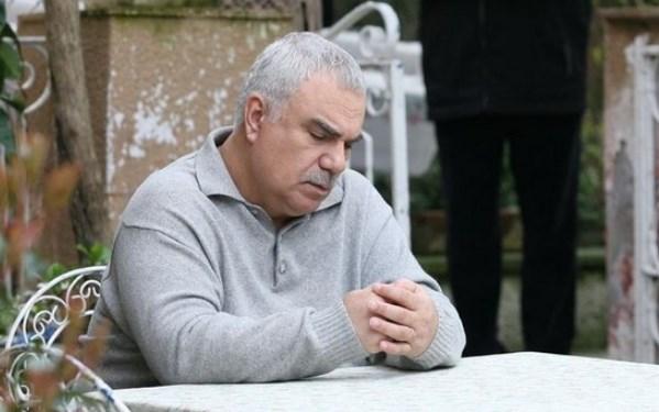"Може ли такава работа? На Али Ръза от ""Листопад"" наистина му стана лошо, български измамници го ошушкаха с 50 бона"