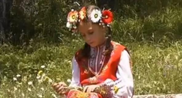 Българските деца са богатството ни. Нека се насладим на това талантливо дете (ВИДЕО)