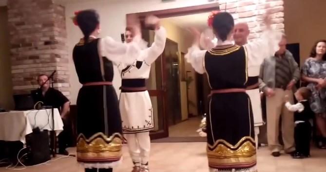 Представяме ви Северняшки народен танц. Нека се насладим на прекрасното изпълнение (ВИДЕО)