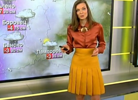 Високо напрежение в Нова телевизия: Свежите попълнения вдигнаха градусите в ефира с много чар и предизвикателно облекло (СНИМКА)