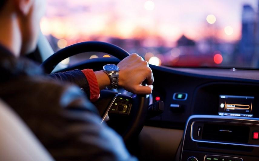 Всички шофьори задължително трябва да гледат това ВИДЕО преди да седнат зад волана, може да е от жизнено значение