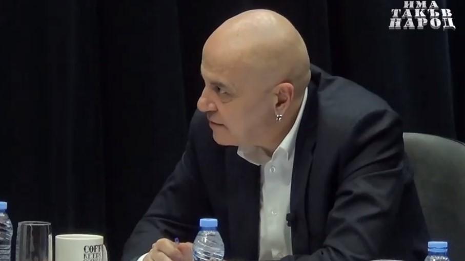 Слави Трифонов удържа на думата си: Политиците в ступор, Дългия представи първите петима от кастинга си (ВИДЕО)