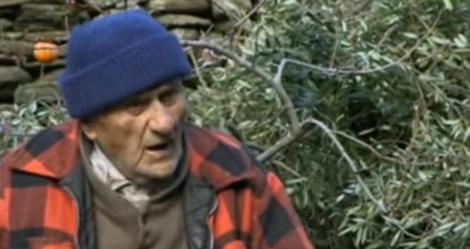 Лекарите казаха на Стаматис, че е болен от смъртосносна болест. Той отказа лечението, но доживя до 102 години. Ето каква е тайната му (ВИДЕО)