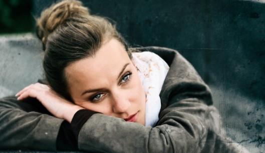 """Честито: Любима българска актриса, която гледаме всяка вечер, каза """"Да"""" на любимия си мъж в Нова Зеландия"""