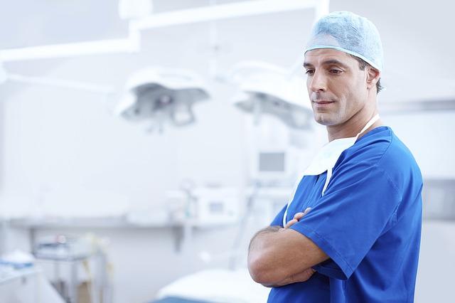 От Германия: Млад лекар в България взима 400 евро, малко е. В България не останаха лекари