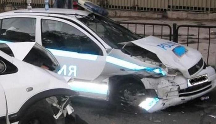 Съпругът на бивша депутатка е шофьорът, блъснал патрулката в София, дадоха подробности за състоянието на полицаите