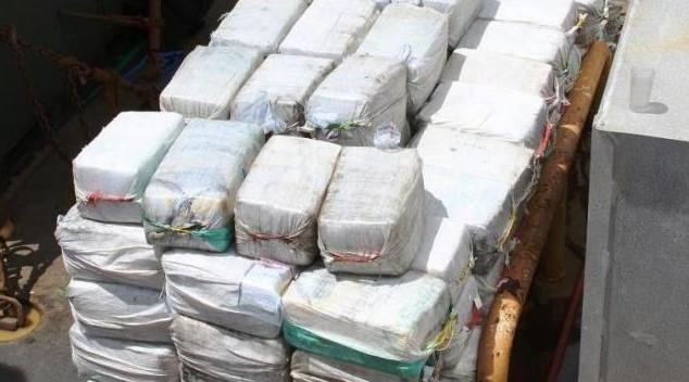 Пабло Ескобар пасти да яде: Хванаха българите Гошо и Асен с 380 килограма кокаин за 200 милиона долара