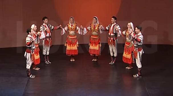 Джангурица (Айдарово хоро): Нека се насладим на красотата на българските народни танци (ВИДЕО)
