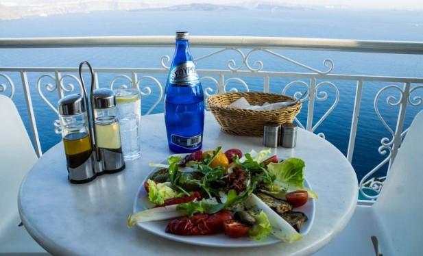 Критската диета – хранителен режим №1 за здравословно отслабване: Топи по килограм седмично, радваме се на богато меню