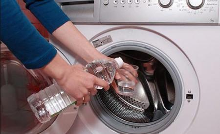 Как да почистим пералнята у дома? С тези прости съставки машината става като нова