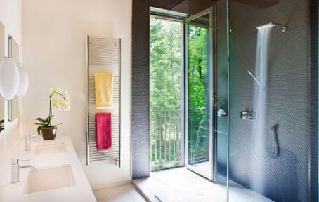 Как да отопляваме банята в студените месеци