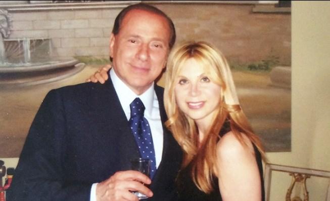 Ясновидката на Берлускони