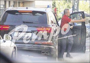 Йордан Цонев с кола за 250 бона: Депутатът от ДПС ползва шофьор, за да не одраска луксозното возило