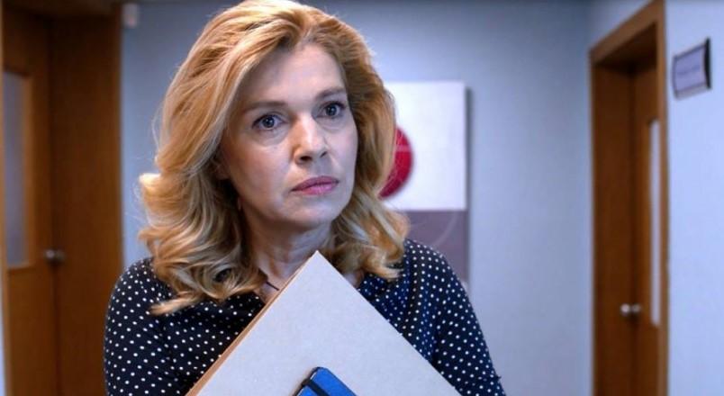 """Актрисата от """"Откраднат живот"""" Ернестина Шинова: Д-р Стаменова не е кучка, влюбена е в д-р Врабчев"""