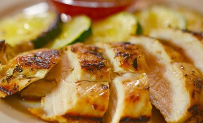6-те най-добри маринати за пилешко месо, които всяка домакиня трябва да знае наизуст