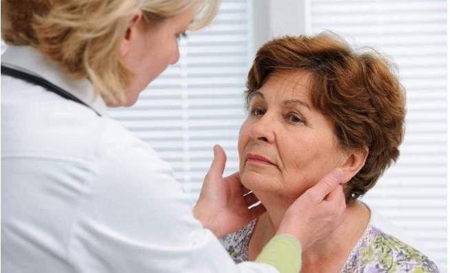 Ендокринолог: При проблем с щитовидната жлеза, яжте поне по 1 жълтък дневно