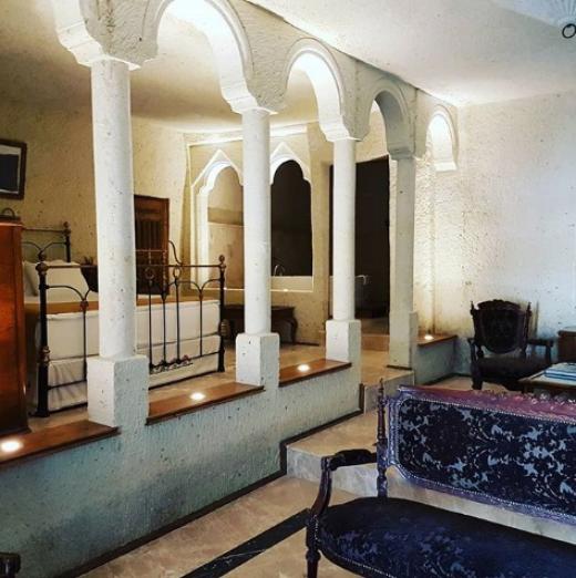 Страхотната къща на Анелия за 1.5 млн.