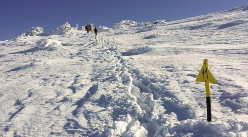 Голите на Черни връх на Нова година. И пияните хижари, които не им отворили. Психари срещу дебили