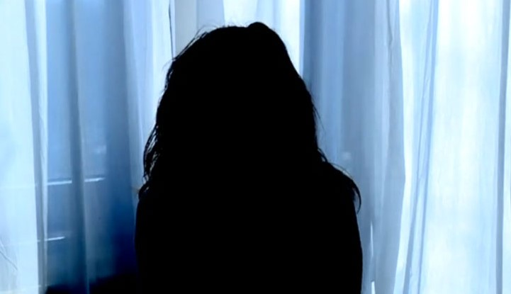 Мъката на една млада българка, насилена да проституира от мъжа си