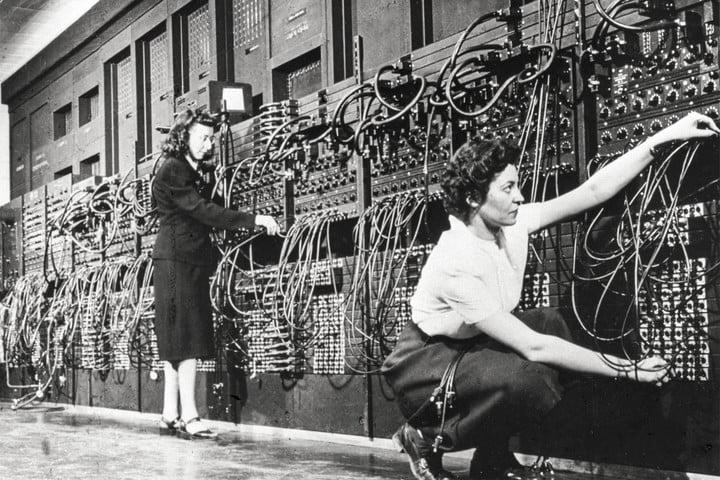 Дотук с мъжкия монопол в IT сектора - програмирането било дело на жени