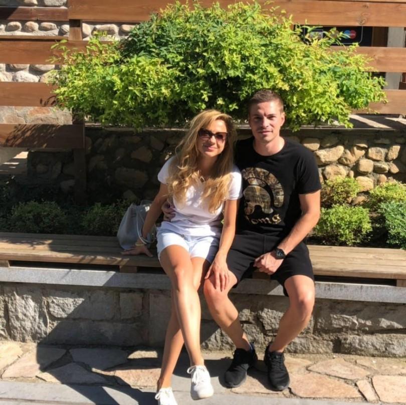 Веско Маринов вдига сватба: Омъжва повторно зарязаната си от прочут лекар дъщеря