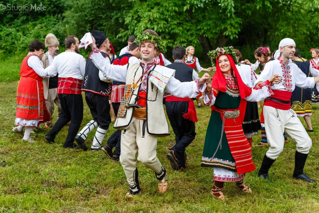 Какво най-много липсва на всички българи в чужбина