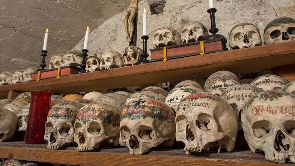7-те най-мистериозни катакомби в света