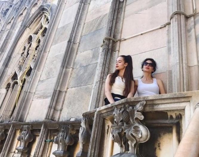 Станишев глези жените си в Милано (СНИМКА)