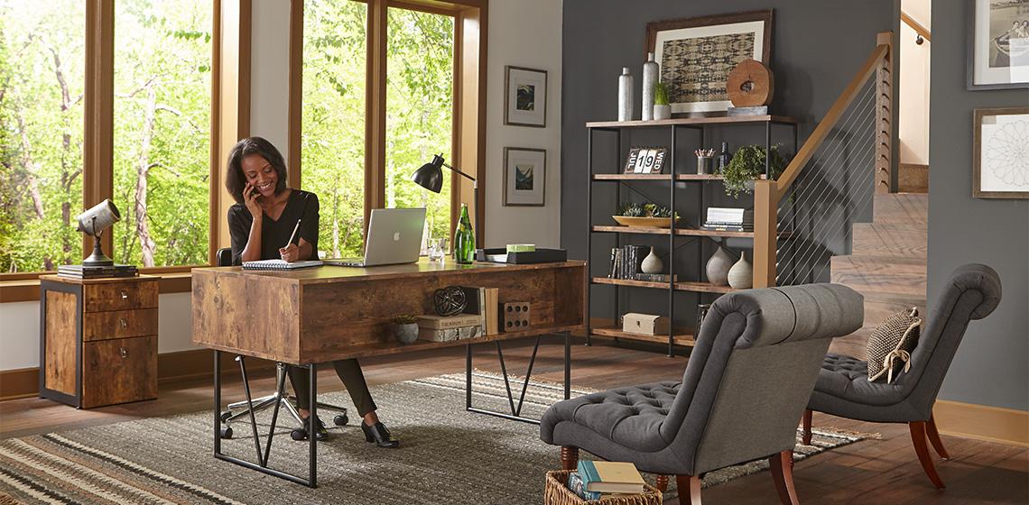 Как да подредим бюрото си, за да сме по-творчески настроени