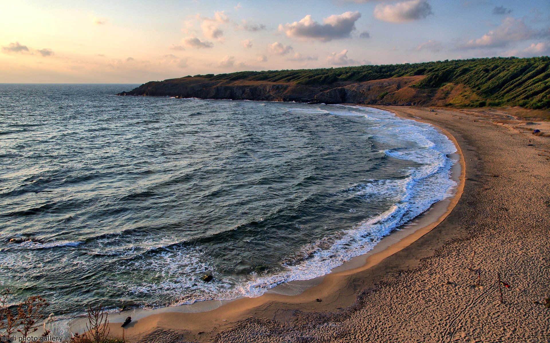 Най-красивите и потайни плажове на българското Черноморие