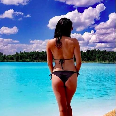 Токсично езеро - предпочитан фон за перфектна снимка в Инстаграм