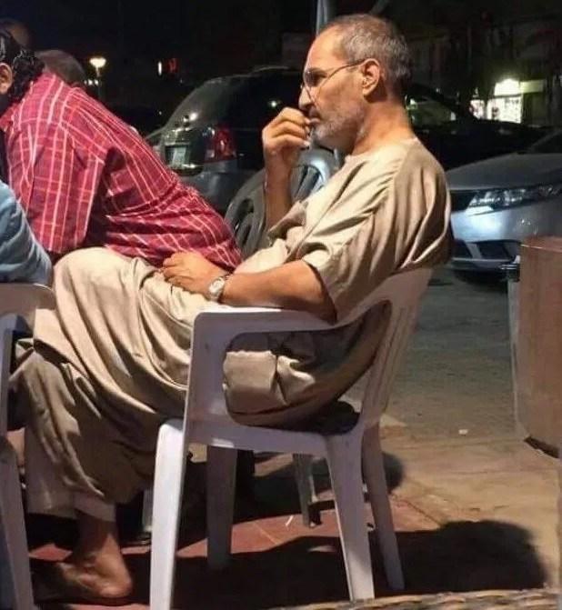 Kонспирация: Стив Джобс е жив и e в Египет? (СНИМКА)