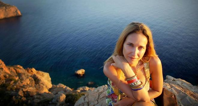 Честито: Алекс Раева роди момиченце