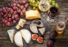 вино и сирене